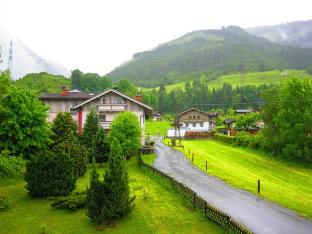 Uitzichtvanaf het balkon in Oostenrijk