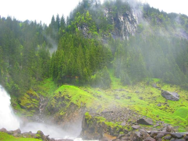 Waterdampen bij de Krimmler waterval