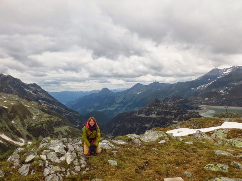 Met de hond op de foto in de Oostenrijkse bergen