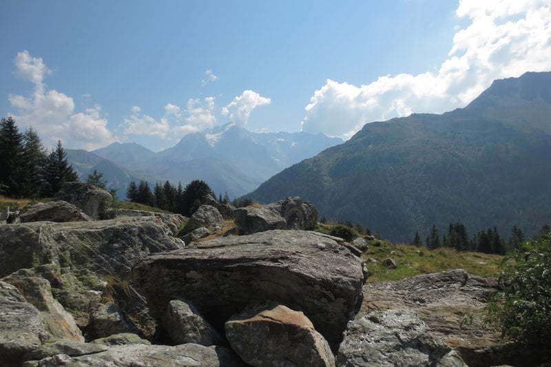 Rotsblokken in de Alpen