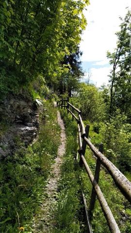Steile paadjes in de Oostenrijkse Alpen