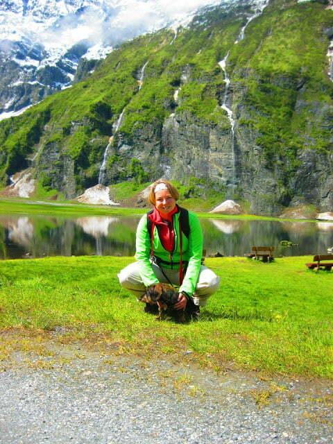 Met de hond bij de Hintersee